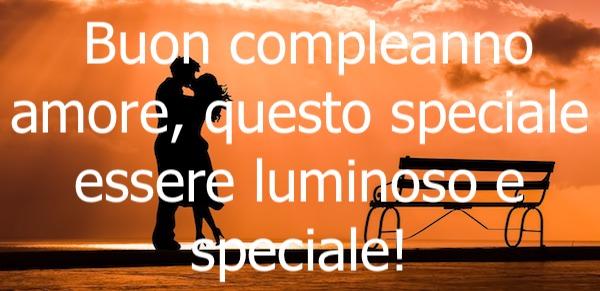 Frasi Buon Compleanno Amore Immagini E Frasi D Amore Per Messaggi